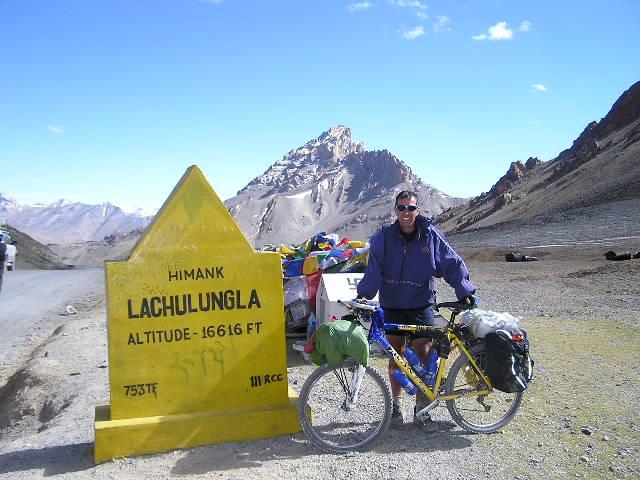 Lachlang La Summit