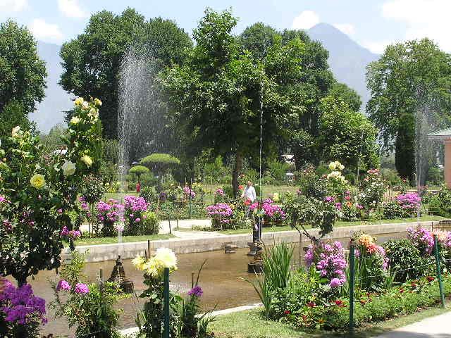 Srinigar Gardens